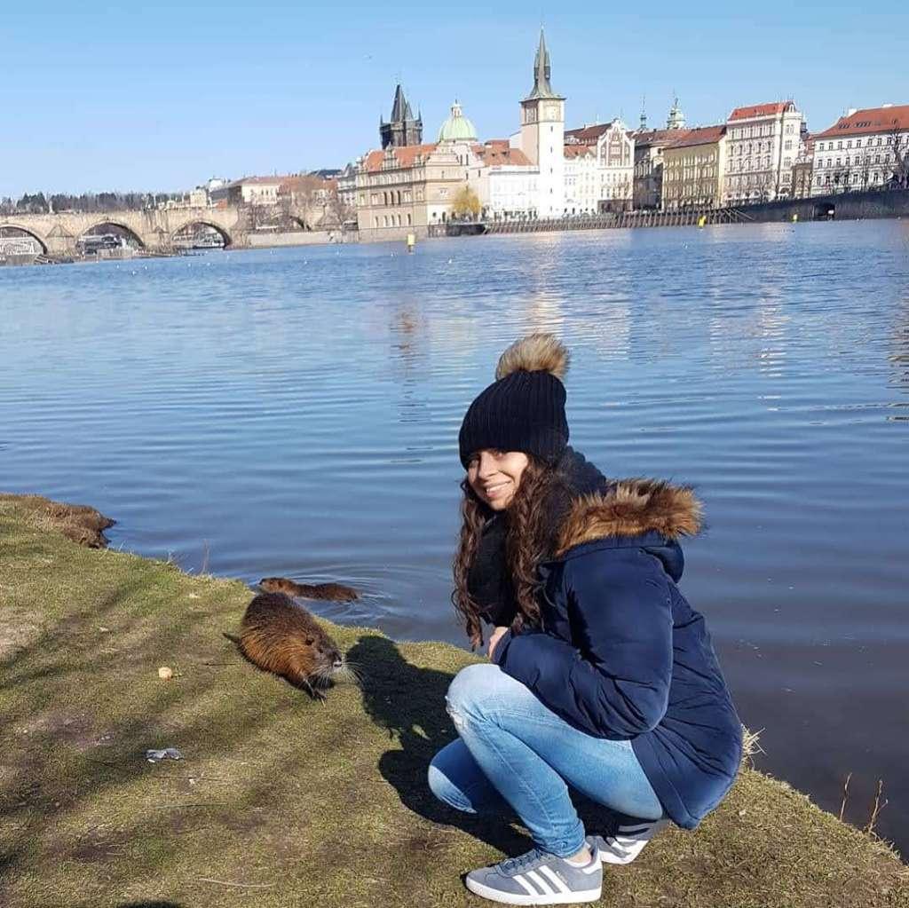 Me befriending a wild beaver in Prague, March 2020